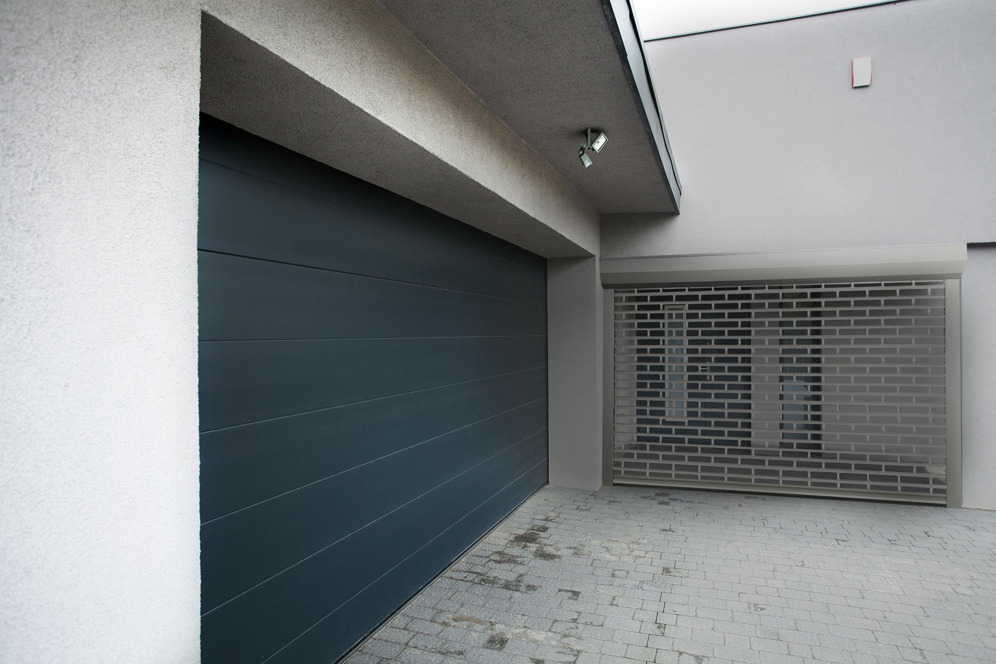 4m vente installation r paration de rideaux m talliques var. Black Bedroom Furniture Sets. Home Design Ideas